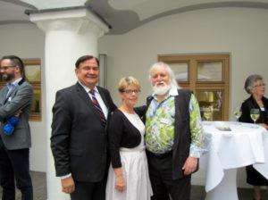 Prof. Dr. Thieler, Vorsitzender der Kester-Haeusler Stiftung / Hedwig Hanf / der Künstler Gerhard Gerstberger